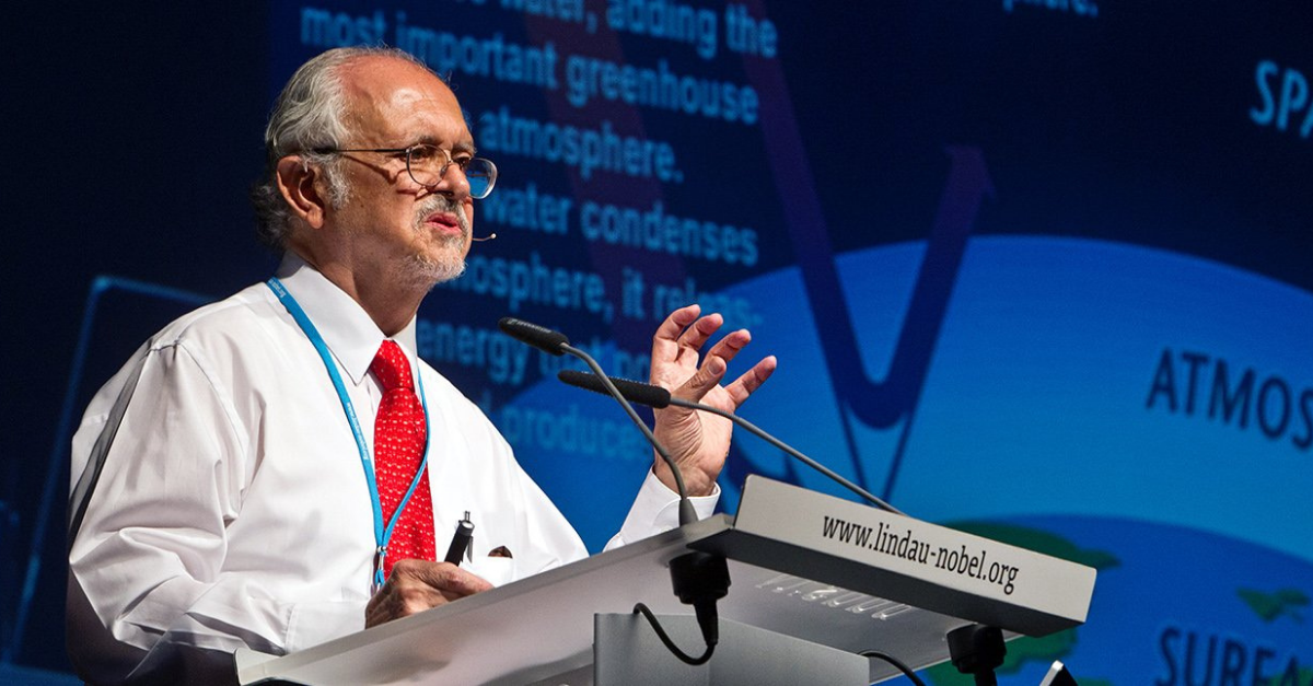 Mario Molina presenting his scientific findings on the ozone layer