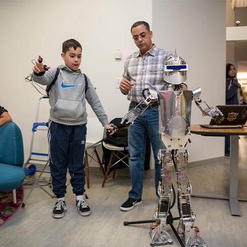 Walking, intelligent robot